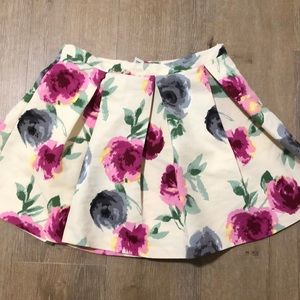 Cute and romantic floral skirt